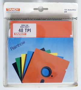 New & sealed Tandy 5.25'' DS/DD double sided double density floppy disks unformatted box of 10p - vintage retro 80s color rainbow