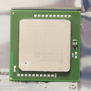 Intel Xeon SL7PH 3.6 GHz 1 MB L2 cache 800 MHz FSB socket 604 processor - CPU 3.6GHz S604