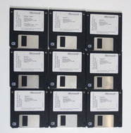Microsoft-Windows-For-Workgroups-3.11-Dutch-3.5-disk-PC-operating-system-vintage-retro-90s