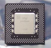 Intel-Pentium-FV80502200-SY045-200-MHz-socket-5-7-processor-200MHz-CPU-vintage-retro-90s