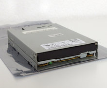 Citizen-Z1DE-58A-772285-B-56-3.5-1.44-MB-1.44MB-DS-HD-internal-disk-drive-FDD-black-front-PC-HP-392415-001