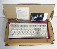 New-Digital-LK461-A2-QWERTY-PS-2-terminal-keyboard-NOS-DEC-VT510-VT520-VT525-vintage-retro-90s